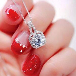 Matura Diamond Zircon Gemstone Pendant Necklace